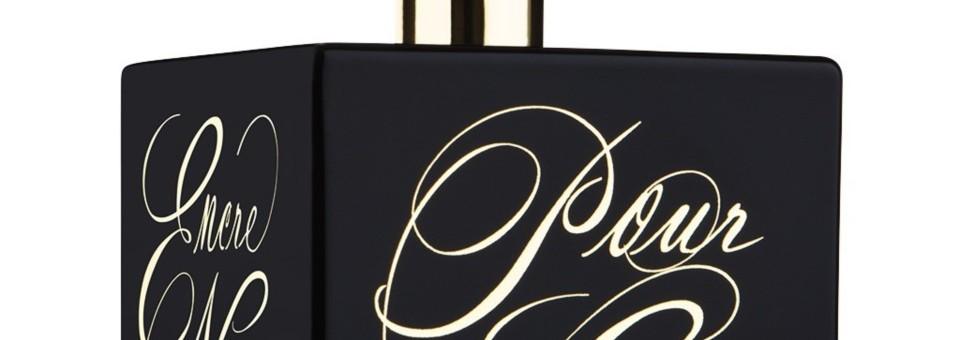 Parfumul gândurilor: Lalique Encre Noire pour Elle